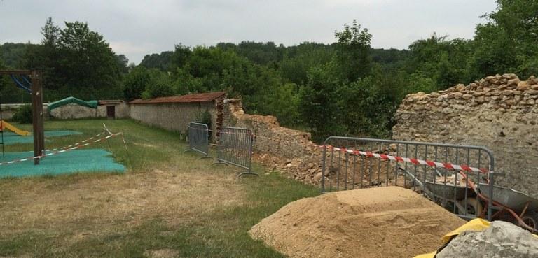 Destruction du mur du foyer