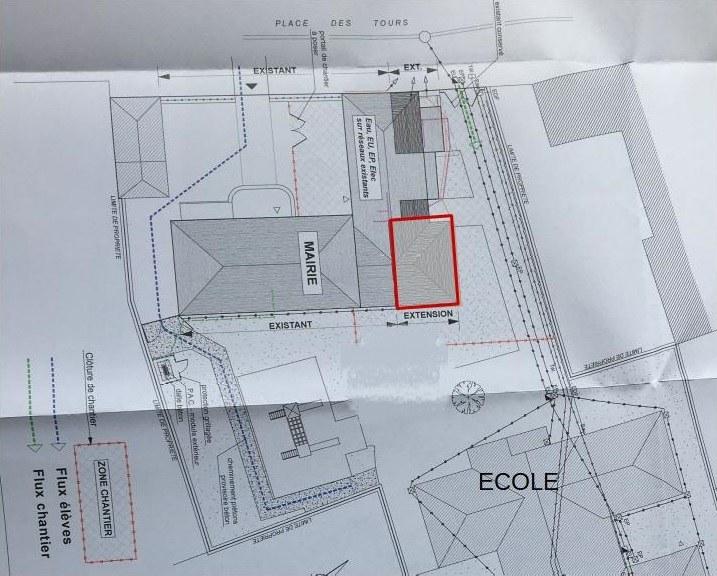 Emprise extension mairie sur école